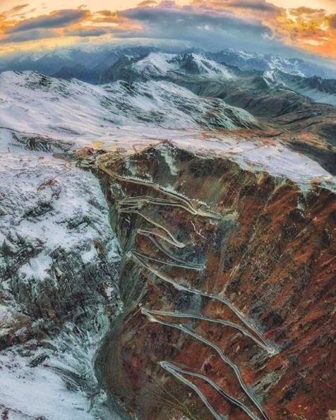 lodowce-we-włoszech-Winter-Event-Passo-Stelvio-zdj3